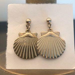 Jewelry - 🐚 Shell earrings! 🐚